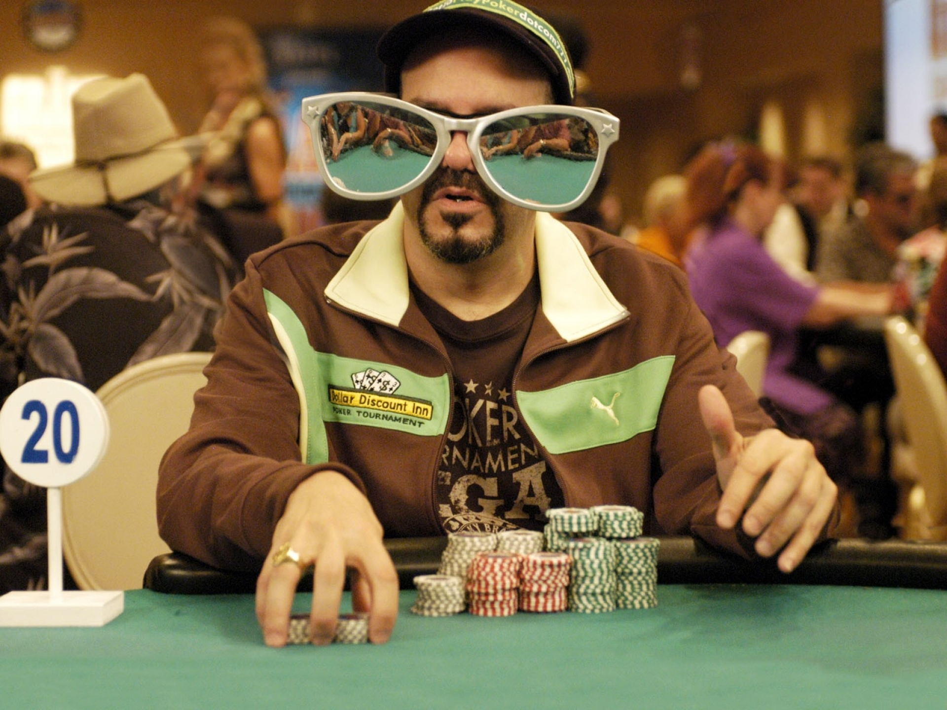 How to crush low stakes in live poker