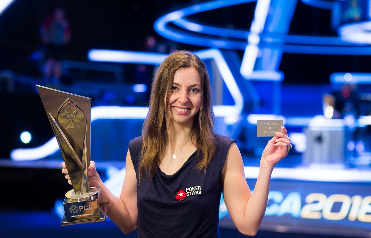 Maria Konnikova: a writer, a psychologist, a PCA tournament winner